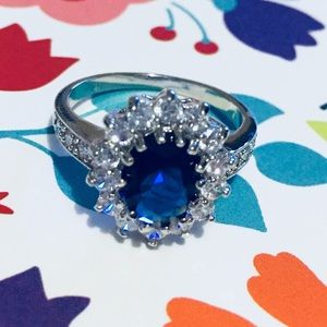 ⭐️Beautiful blue ring